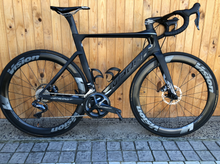 Load image into Gallery viewer, FULL CARBON MERIDA REACTO 8000 DISC ULTEGRA DI2 ML PRE-OWNED ROAD BIKE - Sportopia Cycles