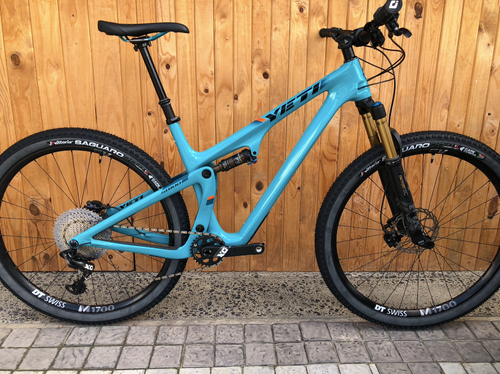 YETI SB100 FULL CARBON L 29ER MTB ( PRE- OWNED )