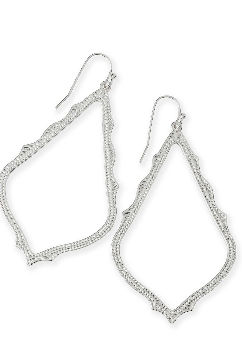 The Sophee drop earring in silver
