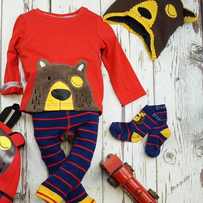 kids outfit with bear design