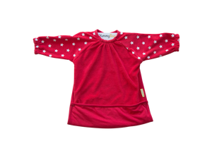 Feeding bib, red with white stars