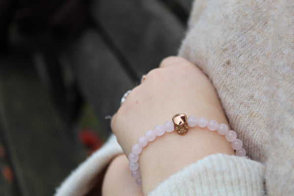Rose Quartz Skull Bracelet 6mm Model 1 - www.purestone.be