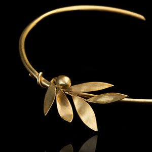 Olive Branch Necklace - Physis Collection brass gold-plated