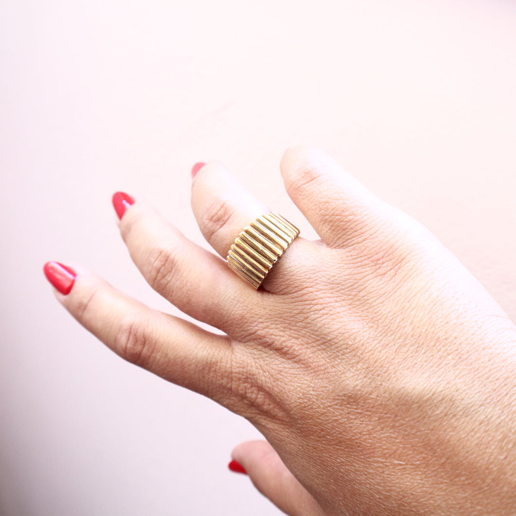 Shiny Striped Ring, Ancient-greek inspired Bold Ring