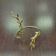 Load image into Gallery viewer, Gold Leaf Cuff Bracelet gold-plated 18K Brass