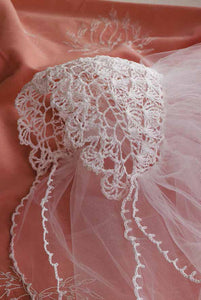 Lacy Bridal Headpiece to Crochet Pattern DownloadImage