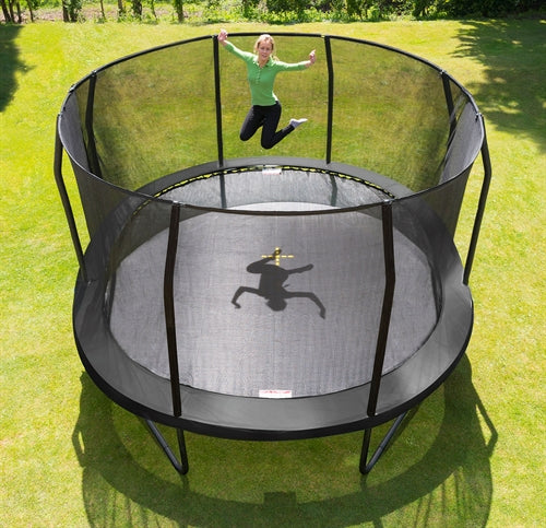 Jumpking Trampolin Oval black 5,2 x 4,25 m - Legeslottet