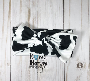 Moo moo moo I'm Brand New Cow Print Gender Neutral Coming Home Outfit- 1,2,3,4 or 5 Piece Set - Bows and Bros Boutique LLC