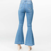 Load image into Gallery viewer, Piper Flare Jeans
