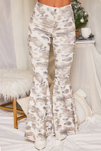 Load image into Gallery viewer, Julia Camo Pants