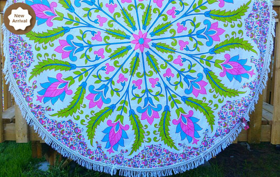 1970 Vintage Style Dining Table cover Couch Throw Wall Tapestry Beach Throw Boho Throw Hippie Throw Wall art window scarf Boho Beach Towel