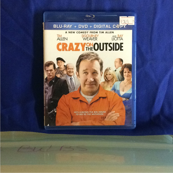 Crazy On The Outside - Blu-ray Comedy 2010 PG-13 | Disc Plus