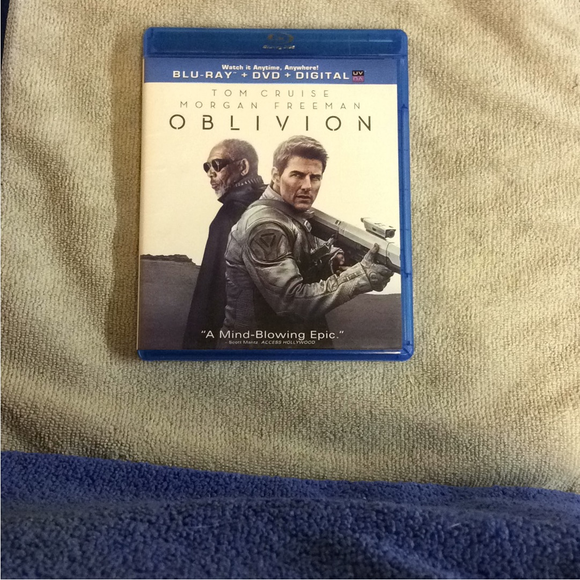 Oblivion - Blu-ray SciFi 2013 PG-13 | Disc Plus