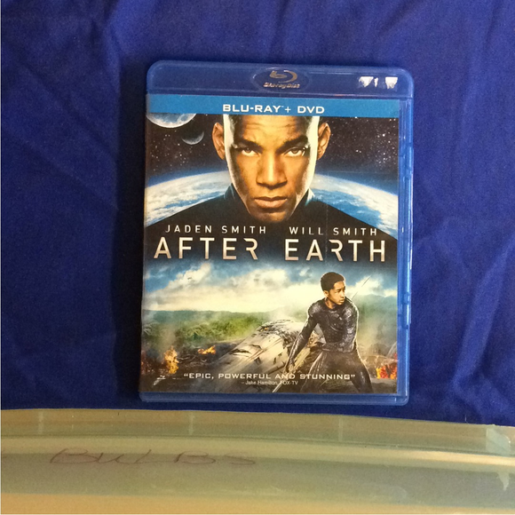 After Earth - Blu-ray SciFi 2013 PG-13 | Disc Plus