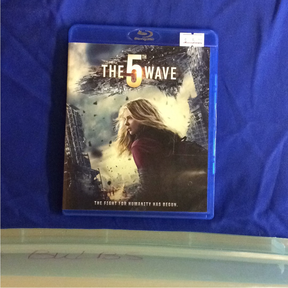 5th Wave - Blu-ray SciFi 2016 PG-13 | Disc Plus