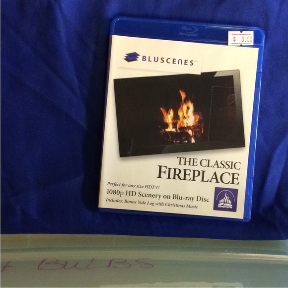 BluScenes: The Classic Fireplace - Blu-ray Special Interest 2012 NR | Disc Plus