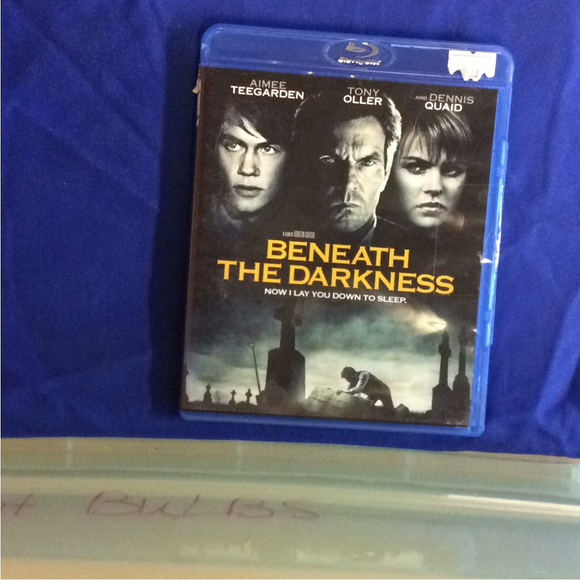 Beneath The Darkness - Blu-ray Horror 2011 NR | Disc Plus