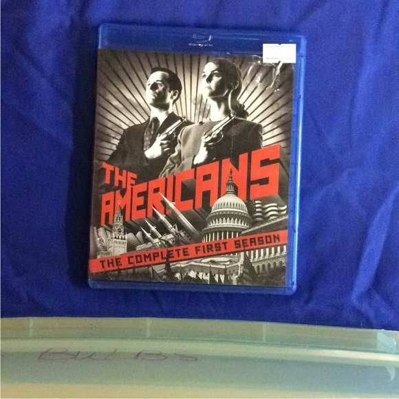 Americans: The Complete 1st Season - Blu-ray TV Classics 2013 NR | Disc Plus