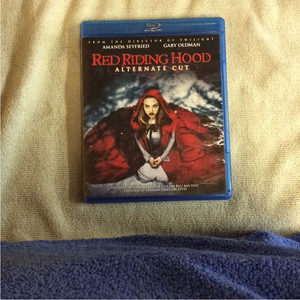 Red Riding Hood - Blu-ray Horror 2011 PG-13 | Disc Plus