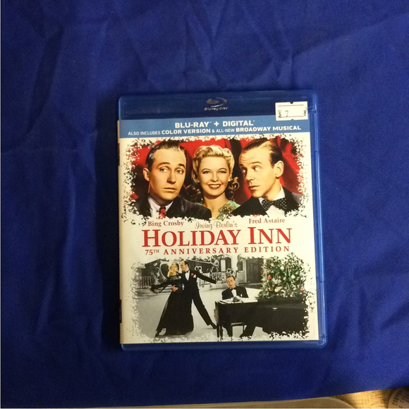 Holiday Inn 75th Anniversary Edition - Blu-ray Musical 1942 NR | Disc Plus