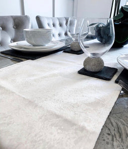 Pearl table runner