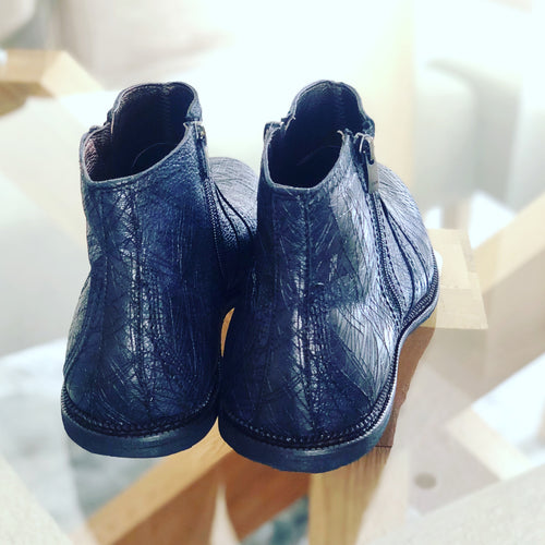 224 Mystic Leather Boot - Navy