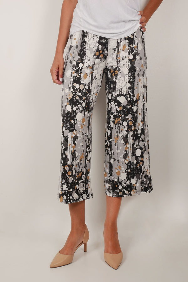 Abstract dot print gaucho