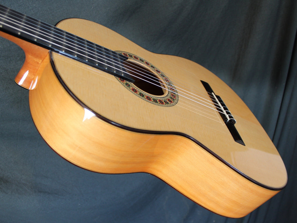 William Falkiner Lutherie Flamenco