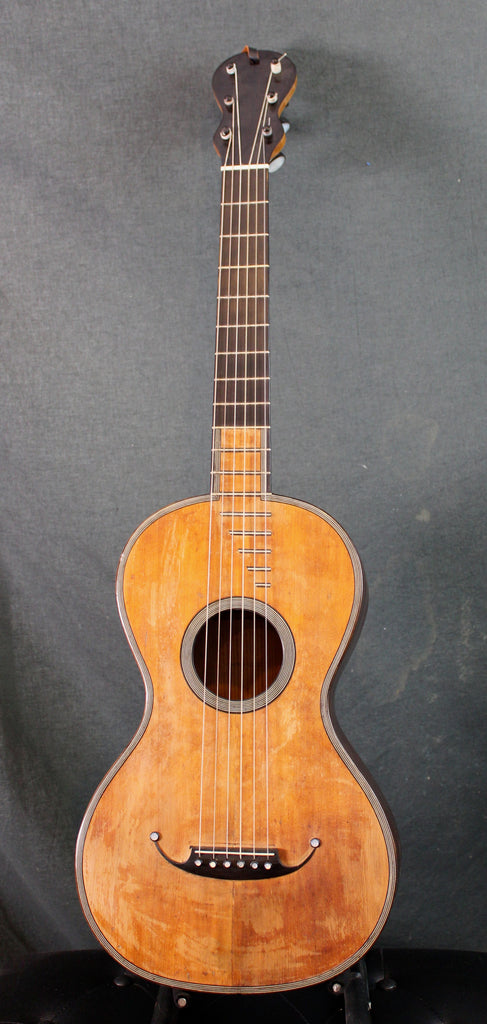 FRENCH GUITAR  BY LAROUSSE  CIRCA 1825