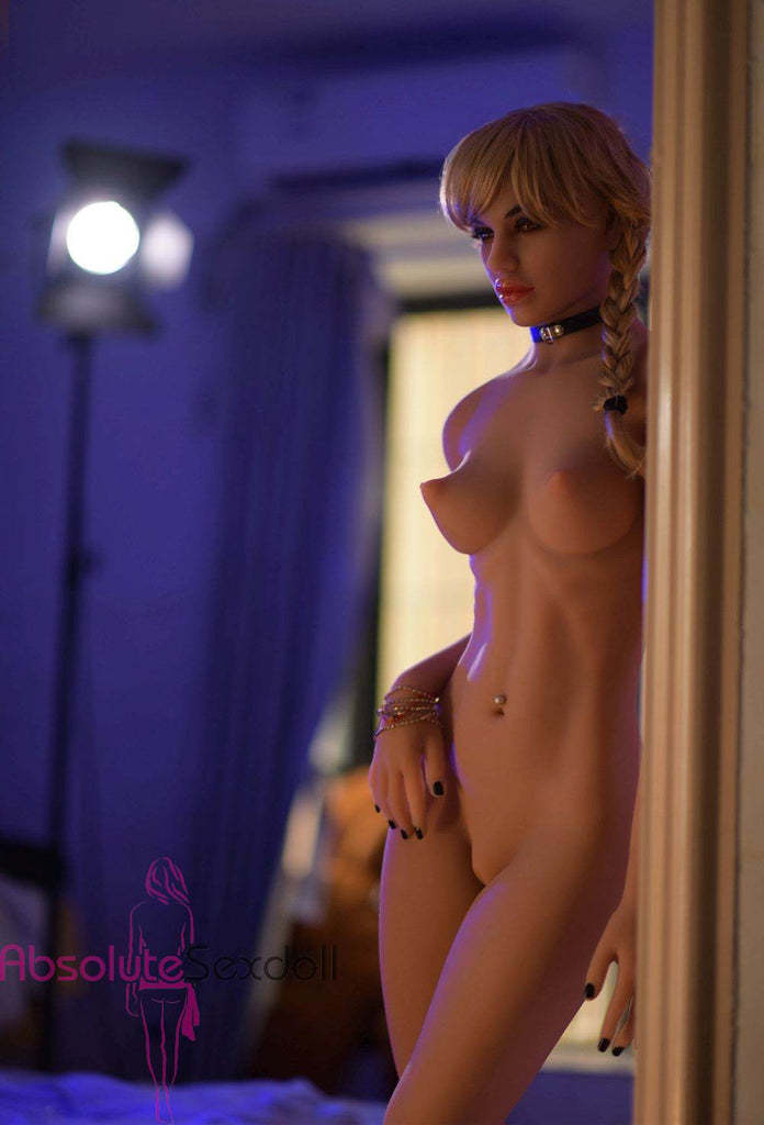 Lucky 170cm C-Cup Wonderful Blonde Sex Doll