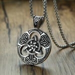 Retro Punk Men Irish Celtics Trinity Love Knot Round Triquetra Pendant Necklace