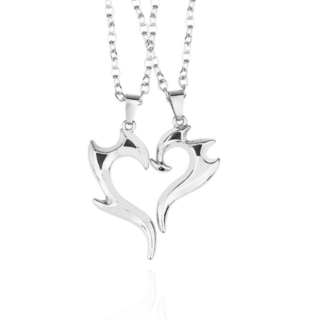 Couple-Heart-Necklaces.jpg