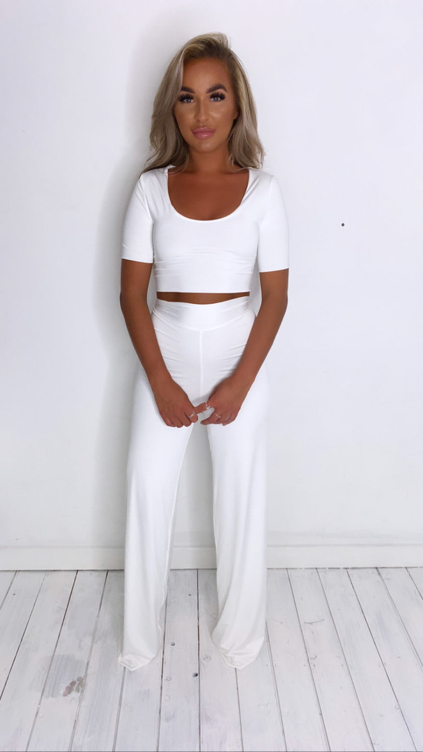 Ivory Crop Top With cap Sleeves With Matching Mini Scrunchy (More Colours Available)