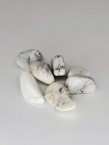 Howlite Tumbled Stones - (Set of 3)