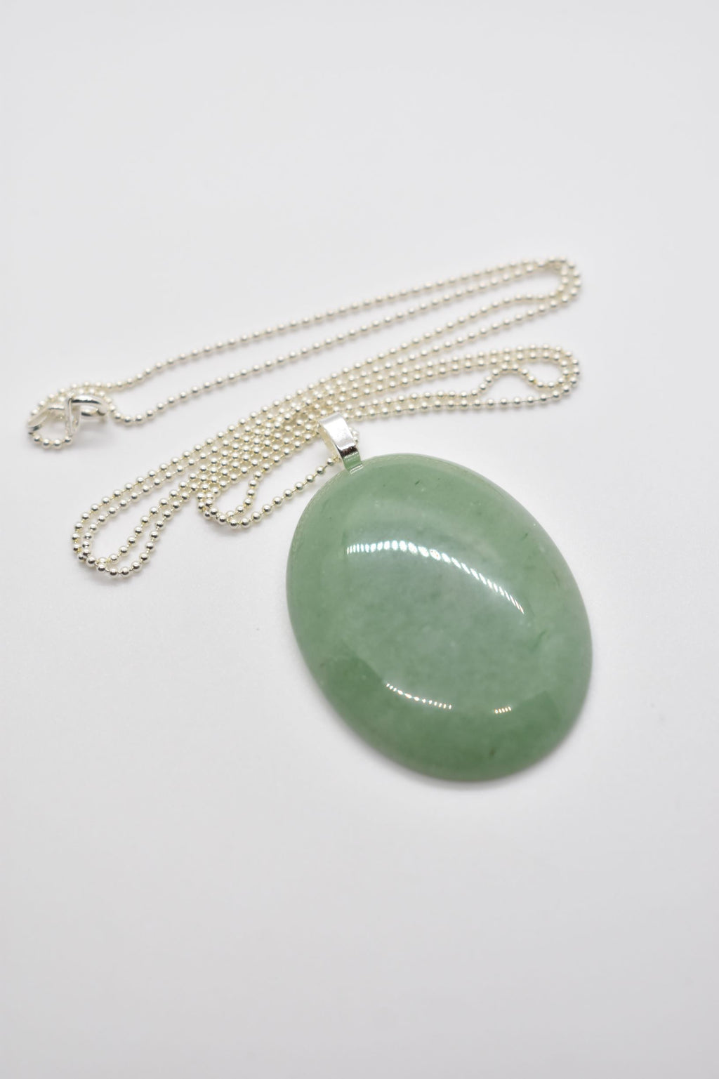 Green Aventurine Oval Pendant Necklace