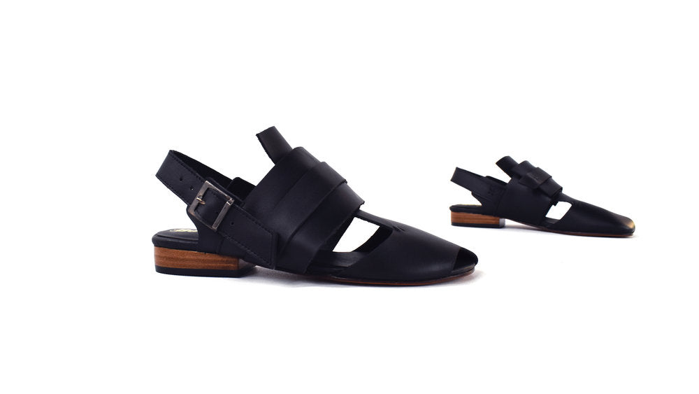 The Strata Sandal - Black