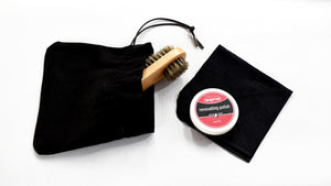 Waproo Shoe polish, black linen cloth and natural bristle brush