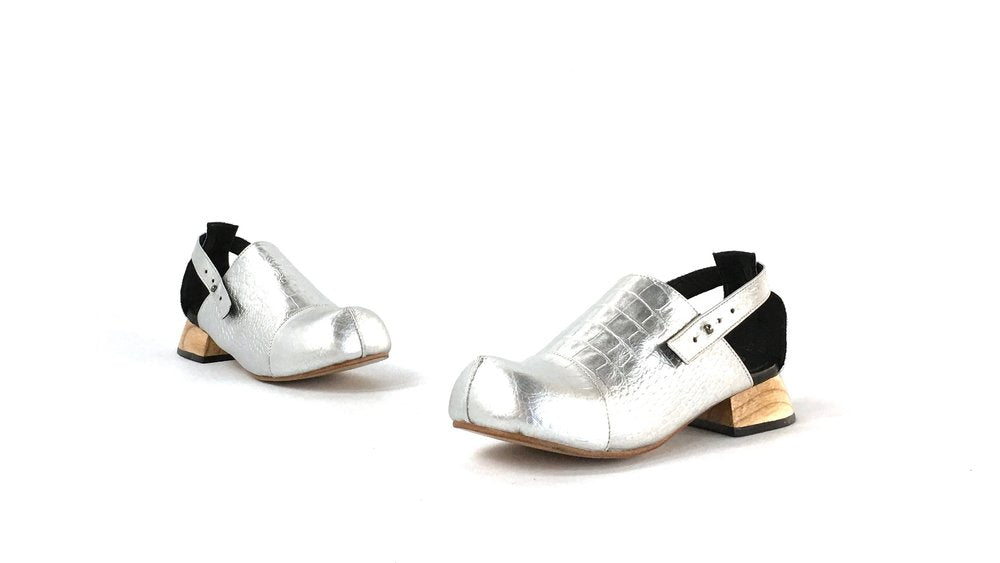 The Betty Sandal - Silver Croc