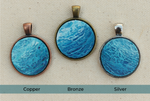 ocean necklace with blue round pendant