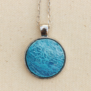 ocean necklace with blue round pendant - silver