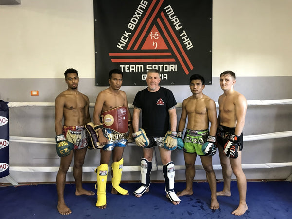 YOKKAO Fight Team Train with Famed Fight Coach Alfio Romanut
