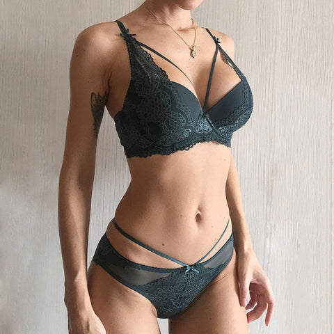 Green Underwear Set Women Bra Push Up Brassiere Cotton Thick Black Gather Sexy Bra Panties Sets Embroidery Lace Lingerie Set
