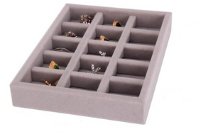 Jewelry organizer to fit in a drawer