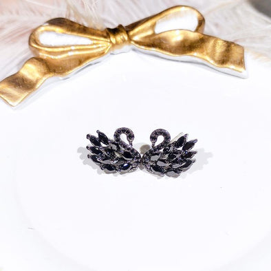 Black&White Swan Design Sterling Silver Stud Earrings - jolics