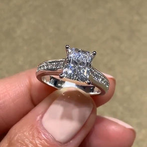 Classical Radiant Cut Parties & Engagement Ring - jolics