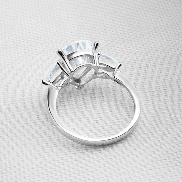 Pear Cut Classic Three Stone Ring - jolics
