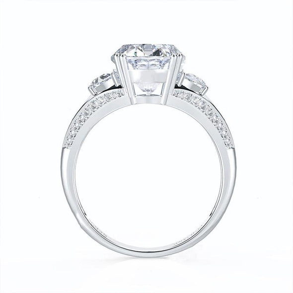 Three Stone Oval Cut Luxury Ring - jolics