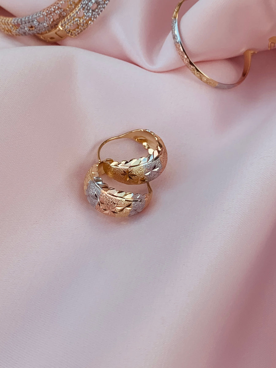 Tao Tri-gold Hoops