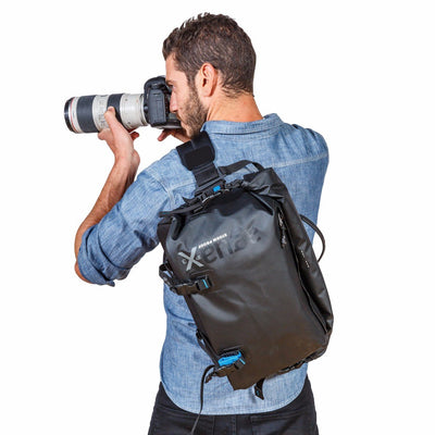 """Messenger"" position, for safe and secure carrying of your gear across your back."