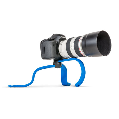 Supports even large DSLRs with long lenses
